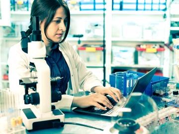 Web Results Medici și Pacienți